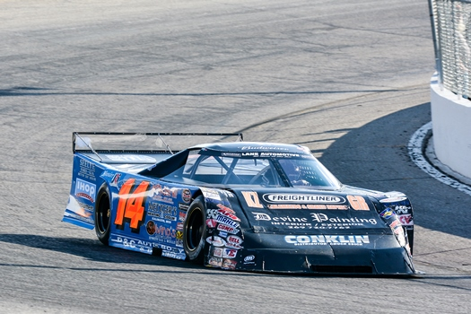 Shook Completes Championship Season with Super Shoe Victory