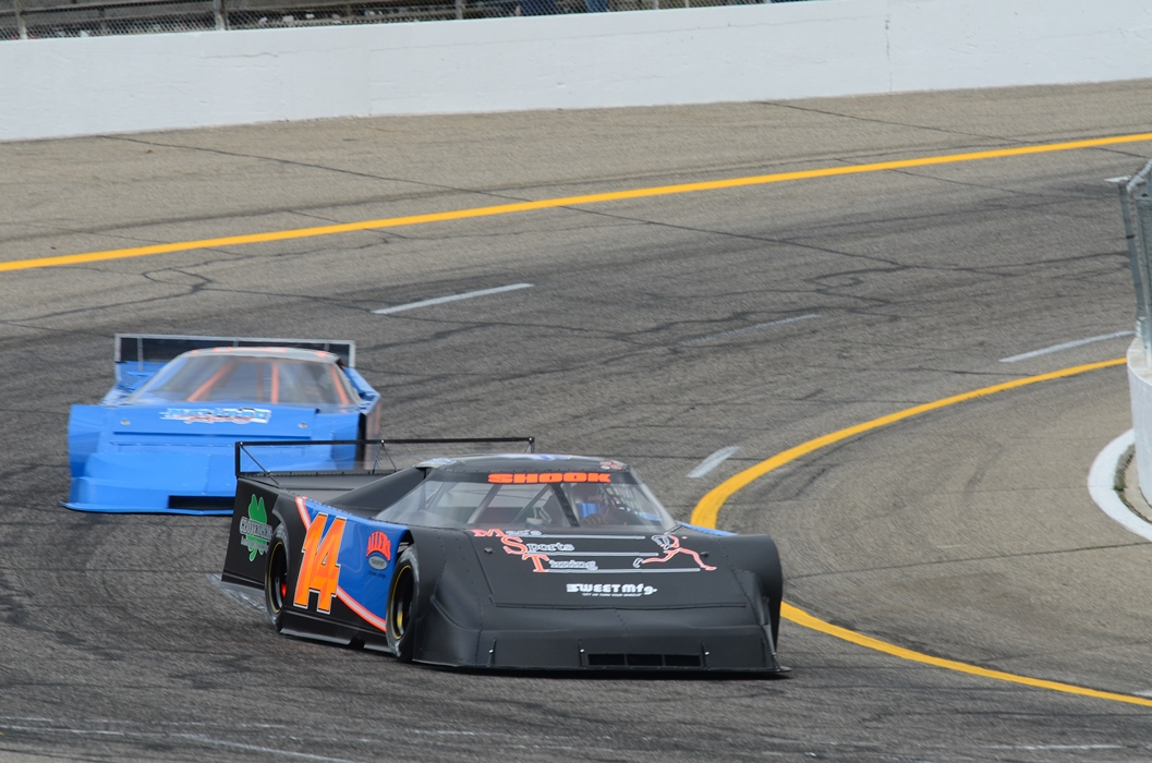 STOCK FIVE NIGHT - All 5 Classes Race - Complete the Intimidator 100 (78 laps!) - FREE Admission for 12 & Under