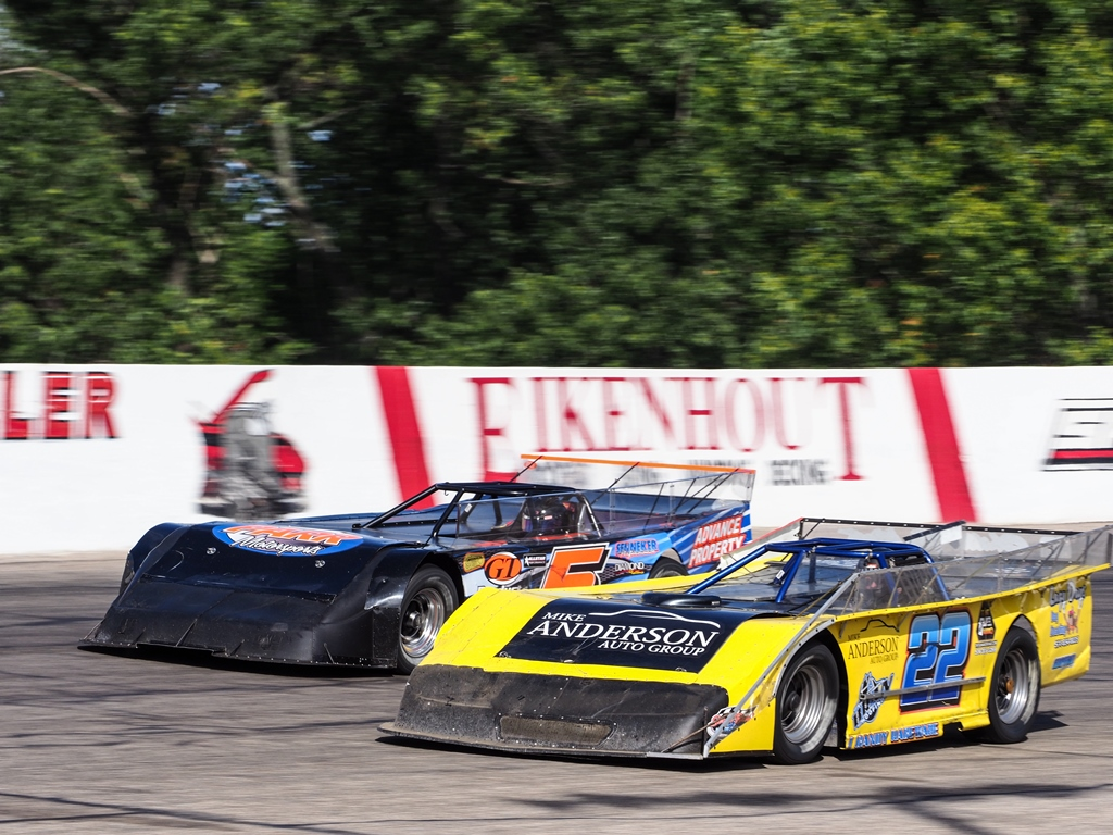 SUPER SHOE NATIONALS XXXII - Features, Features & More Features