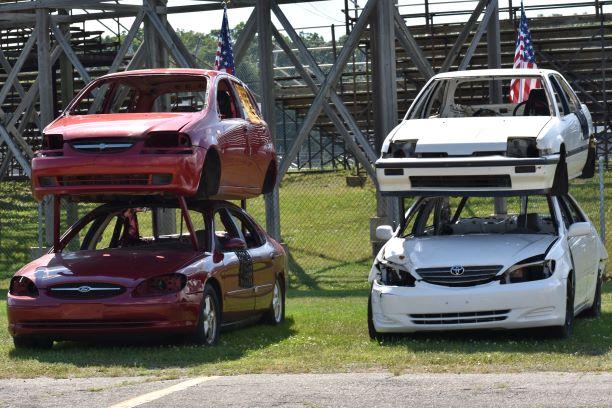 Kalamazoo Speedway – Your Friday Night Entertainment Hot Spot!
